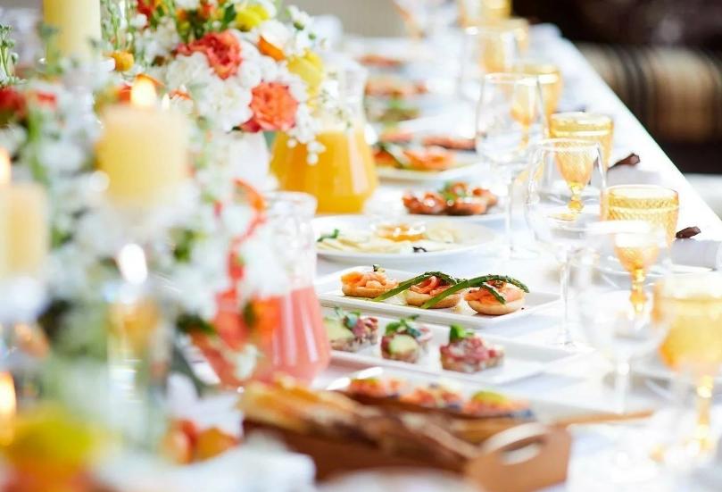 Как организовать свадебный банкет на несколько сотен гостей
